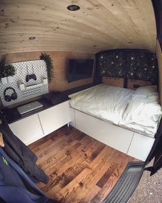 Forum for discussions related to living a nomadic life on the road. This includes Van life, RV life, Bus life, etc. Van Conversion Interior, Camper Van Conversion Diy, Vw Transporter Camper, Vw T5, Camper Life, Campers, Bus Life, Vw Camper, Build A Camper Van