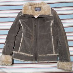 Vintage Wilsons Leather Suede Coat Womens Size M Medium 1990s Faux Fur Quilt #WilsonsLeather #BasicCoat