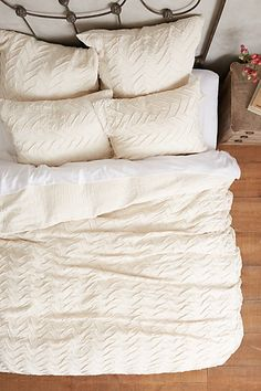 textured chevron duvet #anthrofave
