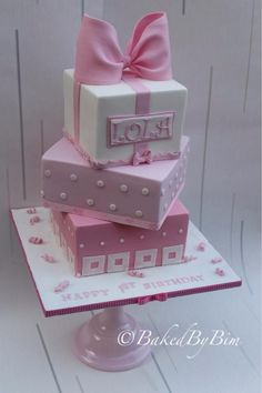 My first attempt at making 'proper' square cakes and 3 at once was a bit of a scare but I was soo pleased with how the cake turned out . Cupcakes, Cupcake Cakes, Green Desserts, Girly Cakes, Cake Sizes, Square Cakes, Fashion Cakes, Occasion Cakes, Pretty Cakes