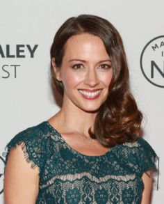 Amy Acker Net Worth, Annual Income, Monthly Income, Weekly Income, and Daily Income - http://www.celebfinancialwealth.com/amy-acker-net-worth-annual-income-monthly-income-weekly-income-and-daily-income/