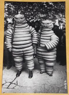 FREAKY First Michelin Men ALIEN Weird Strange Odd VINTAGE PHOTO RARE Bizarre 151