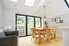 Open plan Kitchen and dining, side return extension in victorian property in Leamington Spa.