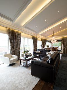 Spectacular indirect lighting in this luxury mansion. Mahtavasti toteutettu epäsuora valo-ratkaisu tässä luksuskartanossa.