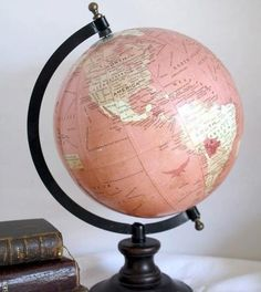 Pink and gold globe! Pink + Globe = two of my favorite things! Gold Globe, Pink Love, Pink And Gold, Pretty In Pink, Perfect Pink, Pink Black, Pink Gold Office, Pink Office Decor, My New Room