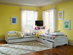 Twin Platform Bed with Drawers Are Great For Kids Corner Twin Beds, Bed In Corner, Two Twin Beds, Corner Unit, Corner Hutch, Corner Table, Table Desk, Platform Bed With Drawers, Twin Platform Bed