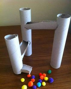Kugelbahn aus Toilettenpapierrollen The Effective Pictures We Offer You About montessori toddler roo Toddler Learning Activities, Infant Activities, Preschool Activities, Teaching Kids, Kids Learning, Educational Activities, Baby Games, Games For Kids, Diy For Kids