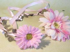 Accessoires - wunderschöner Blütenhaarkranz - ein Designerstück von BruderundSchwester bei DaWanda