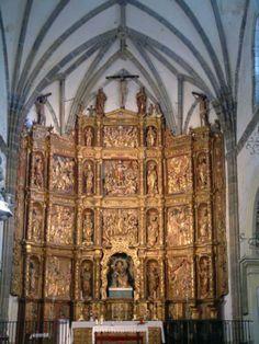Retablo Mayor de la Iglesia de Santa María, obra atribuida a Roque de Balduque.