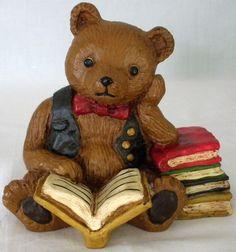 1982 Folklore Collection VestWood Composition Bear Reading Books Figurine #VestWood