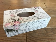 Wooden Letter Crafts, Wooden Letters, Decoupage Box, Decoupage Vintage, Crate Crafts, Decor Crafts, Tissue Box Covers, Tissue Boxes, Diy Crafts Videos