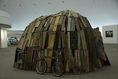 Exposição coletiva reúne mais de 200 trabalhos entre 26 de outubro e 5 de janeiro
