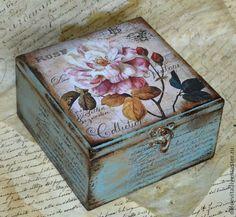 Decoupage Box, Decoupage Vintage, Altered Boxes, Altered Art, Paisley Art, Funky Painted Furniture, Vintage Box, Box Design, Box Art