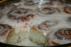 Cinnamon rolls semi-homemade and made easy using frozen Rhodes bread dough. Easy Cheater Cinnamon Rolls I am of the opinion that i. Breakfast Items, Breakfast Dishes, Breakfast Recipes, Breakfast Casserole, Rhodes Dinner Rolls, Rhodes Rolls, Brunch Recipes, Dessert Recipes, Brunch Ideas