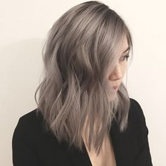 Kurze blonde frisuren 40 new ash blonde short hair ideas Laminate Flooring - Everything You Need To Lob Hairstyle, Cool Hairstyles, Brown Hairstyles, Gorgeous Hairstyles, Ash Blonde Short Hair, Ash Grey Hair, Asian Ash Brown Hair, Dark Blonde, Light Ash Brown Hair