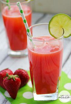 Strawberry Agua Fresca via @Stacie Vaughan {SimplyStacie.net}