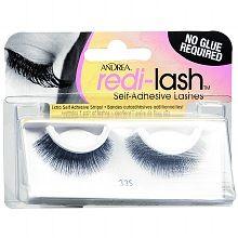 Lash out; 3 self-adhesive eyelashes to love