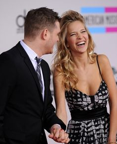 Michael Buble and Luisana Loreley Lopilato - 2010 American Music Awards - Arrivals