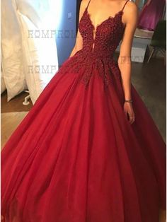 Ball Gown Spaghetti Straps Burgundy Tulle Prom Dress with Appliques Beading