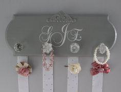 hairbow holder, monogram hair bow holder, bow organizer, girl nursery decor, girl baby shower gift, headband holder, gray, baby girl