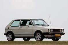 Golf Tips Videos Vw Mk1 Rabbit, Vw Fox, Volkswagen Golf Mk1, Hobby Cars, Golf 1, Vw Cars, Rally Car, Classic Cars, Automobile