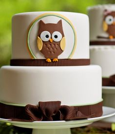 Love this owl-themed baby shower!