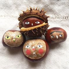 A post from Conker season! Fall Arts And Crafts, Autumn Crafts, Fall Crafts For Kids, Autumn Art, Nature Crafts, Diy For Kids, Holiday Crafts, Samhain Halloween, Halloween Fun