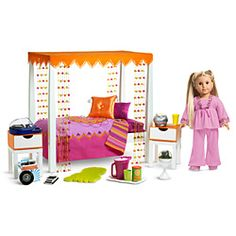 Lucy is getting this set for her 7th birthday. Now to make her bedroom look exactly like this. #americangirl