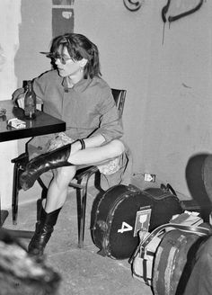 Sonic Youth (Kim Gordon), Dancetaria New York, 18 June 1982 // By Catherine Ceresole Kim Gordon, Experimental Music, Punk, Beastie Boys, Jane Fonda, Music Icon, Mood, Grace Kelly, Music Is Life