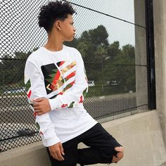 Malak Watson (@malakwatson) • Instagram photos and videos ❤ liked on Polyvore featuring home and home decor Cute Lightskinned Boys, Hot Boys, Cute Babies, Fine Boys, Fine Men, Malak Watson, Lucas Coly, Mixed Guys, Boys With Curly Hair