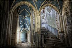 Chateau Noisy in Belgium abondoned