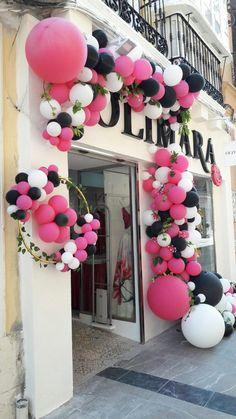 Decoración con globos para la inauguración de una nueva tienda de Olimara en Málaga centro.
