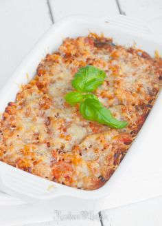 Macaroni schotel met mozzarella en courgette