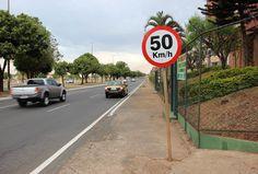 Trânsito - Detran diminui velocidade na via da QNL, em Taguatinga Norte  745-50 +http://brml.co/2crpQwE