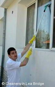 Window Cleaning Lea Bridge