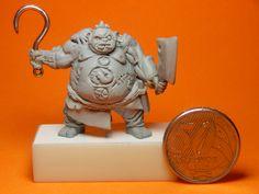 Miniatura Dota , esculpida por Fabio Melo  -  fabioartista@gmail.com