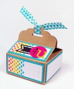 Inch of Creativity: Scallop Tag Topper Box with Instructions! Card In A Box, Stampin Up, Scrapbook Box, Paper Crafts, Diy Crafts, Foam Crafts, Paper Art, Treat Holder, Craft Fairs