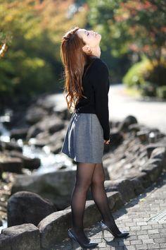 Pretty Asian Girl, Cute Asian Girls, Beautiful Asian Women, Beautiful Legs, Pantyhose Outfits, Pantyhose Legs, Cute Photo Poses, Nice Legs, Sexy Stockings