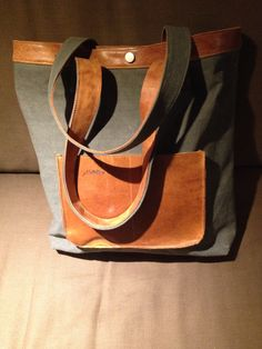 Shopper, made of army canvas and used leather gym material