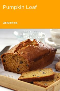 This recipe makes a fun, seasonal lunch time snack for an entire week – just cut off a slice and add it to your lunch bag. Pumpkin Loaf, Baked Pumpkin, Quick Bread Recipes, Baking Recipes, Holiday Baking, Fall Recipes, Baking Soda, Sweet Treats, Workplace Wellness