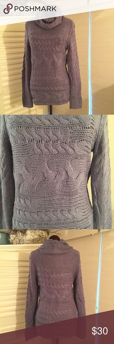 Banana Republic Sweater EUC. Very soft & cuddly. MATERIALS: 38% Acrylic, 30% Wool, 22% Viscose, 10% Alpaca. MEASUREMENTS: Length - 27 inches, Shoulder Width - 16 inches, Chest - 36 inches. COLOR: Periwinkle Banana Republic Sweaters Cowl & Turtlenecks