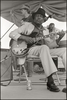 Craig Baird Photographs John Lee Hooker at the 1982 Delta Blues Festival.