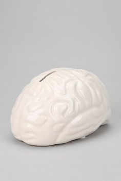 Brain Bank -Wouldn't this be so amazing spray painted in a metallic? A sort of Wearstler-esque accessory?