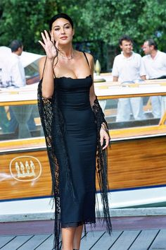 Discover recipes, home ideas, style inspiration and other ideas to try. Malena Monica Bellucci, Monica Bellucci Makeup, Monica Bellucci Young, Monica Bellucci Photo, Most Beautiful Women, Beautiful People, Italian Actress, Hollywood Actresses, Hollywood Fashion