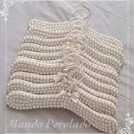 Pearl Crafts, Hanger Crafts, Shabby Chic, Kit Bebe, Coat Hanger, Baby Design, Baby Fever, Crafts To Sell, Girls Bedroom