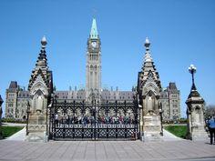Ottawa Parliament buildings main gate entrance