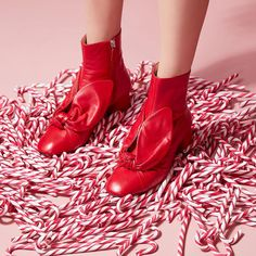 🎁 XMAS CALENDAR COMPETITION.  Iconic Xmas! Give a chance for a special someone to win a pair of Minna Parikka's iconic shoes! Here's how to… Competition, Calendar, Oxford Shoes, Xmas, Pairs, Design, Women, Fashion, Presents
