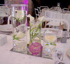 Vases tubes : strass et transparence .