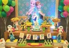 Novas ideias de convites, decorações, bolos, doces e lembrancinhas para você fazer uma linda festa Frozen! Imperdível!