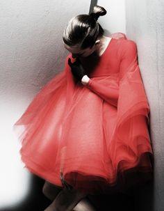 avant garde fashion | avant-garde fashion photography - Thomas Klementsson | We Heart It